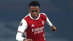 Indosport - Tampil gemilang di Liga Europa, Joe Willock tak kunjung dimainkan di Liga Inggris oleh Arsenal. Lantas, kapan Mikel Arteta mau memberinya kesempatan?