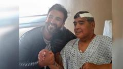 Indosport - Maradona setelah menjalani operasi otak.