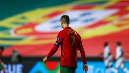 Cristiano Ronaldo mengamuk usai kesal di laga Timnas Portugal kontra Serbia tempo hari. - INDOSPORT