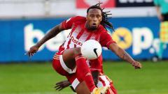 Indosport - Melihat beberapa fakta dan catatan menarik dari Ruben Semedo, bek potensial Portugal yang diincar Liverpool dan diklaim bakal jadi suksesor Virgil van Dijk.
