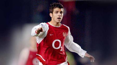 Cesc Fabregas saat masih berseragam Arsenal. - INDOSPORT