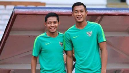 Pemain Timnas Indonesia, Evan Dimas dan Hansamu Yama. - INDOSPORT