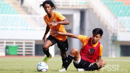 Laga internal Timnas Indonesia U-16 di Stadion Pakansari, Bogor beberapa waktu lalu. - INDOSPORT