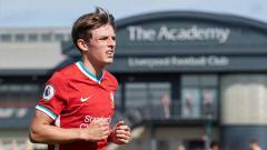 Indosport - Leighton Clarkson, pemain muda yang jadi aset cerah Liverpool.