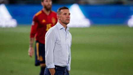 Andriy Shevchenko, pelatih Ukraina. - INDOSPORT