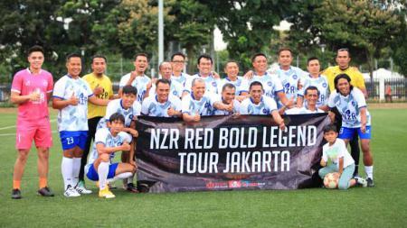 Laga tribute Almarhum Ricky Yacobi antara Persija Glory vs NZR Red Bold Legend di Jakarta. - INDOSPORT