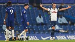 Indosport - Pemain Tottenham Hotspur, Harry Kane, saat menghadapi Chelsea di pertandingan Liga Inggris, Senin (30/11/20) dini hari WIB.