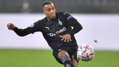 Indosport - Alassane Plea, pemain Borussia Monchengladbach.
