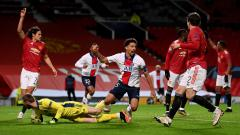 Indosport - Mismanajemen Ole Gunnar Solskjaer dan kartu merah Fred adalah biang keladi yang membuat Manchester United keok dalam laga lanjutan Liga Champions kontra PSG.