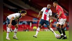 Indosport - Penampilan buruk Anthony Martial terus berlanjut saat Manchester United dikalahkan Paris Saint-Germain (PSG) 1-3 pada matchday 5 Grup H Liga Champions 2020/2021.