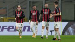 Indosport - Jens Petter Hauge (kiri) usai berselebrasi bersama skuat AC Milan saat melawan Celtic