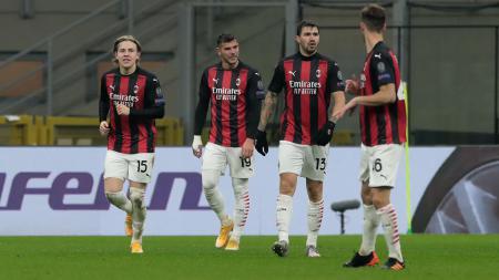 Jelang laga Bologna vs AC Milan, Fikayo Tomori dipastikan turun sebagai starter sementara Rafael Leao bakal bermain dengan peran baru. - INDOSPORT