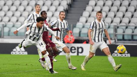 Juventus tak kunjung tampil konsisten di Liga Italia, sejumlah tanda kehancuran pun menghampiri mereka yang berpotensi menghentikan masa kejayaan. - INDOSPORT