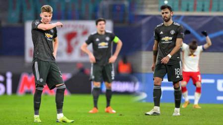 Terlihat pemain Manchester United kecewa saat dikalahkan RB Leipzig di laga Liga Champions. - INDOSPORT