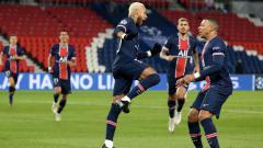 Indosport - Neymar selebrasi usai mencetak gol di laga PSG vs Istanbul Basaksehir