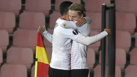 AC Milan dikabarkan telah 'resmi' melepas bintang terbuangnya, Jens Petter Hauge, ke Eintracht Frankfurt pada bursa transfer musim panas ini. - INDOSPORT