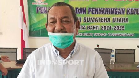 Ketua Tim Penjaringan dan Penyaringan (TPP) Calon Ketum KONI Sumut 2021-2025, Chairul Azmi Hutasuhut. - INDOSPORT