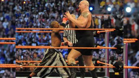 Floyd Mayweather vs Bigshow. - INDOSPORT