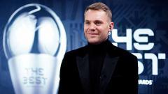 Indosport - Manuel Neuer mematahkan rekor Oliver Kahn sebagai kiper dengan Clean Sheets terbanyak sepanjang sejarah Bundesliga Jerman.