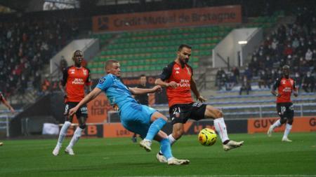 Situasi pertandingan FC Lorient v Olympique Marseille di Stade du Moustoir. - INDOSPORT