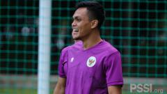 Indosport - Palang pintu Persebaya Surabaya, Rachmat Irianto di TC Timnas U-23.