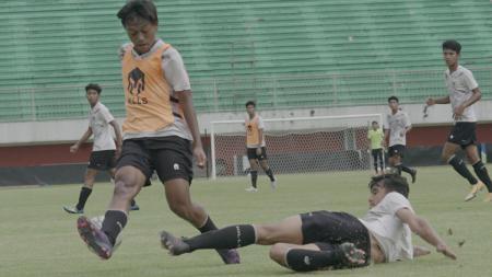 Internal Game Timnas U-16 saat TC di Stadion Maguwoharjo, Sleman, Yogyakarta beberapa waktu lalu. - INDOSPORT