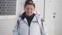 Indosport - Sempat dibantah, tim MotoGP Gresini Racing mengumumkan bahwa bos mereka, Fausto Gresini, meninggal dunia usai 60 hari melawan Covid-19.