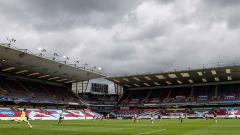 Indosport - Telah resmi dimiliki oleh grup investor dari Amerika Serikat, Burnley yang merupakan salah satu klub gurem Liga Inggris diprediksi bakal menjadi sultan baru.