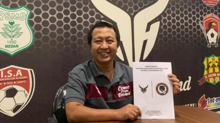 Salah satu produsen apparel Indonesia, Adhoc Apparel menjalin kerjasama dengan klub asal Singapore Premier League, Tanjong Pagar United FC. - INDOSPORT