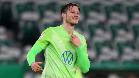 Wout Weghorst, pemain VfL Wolfsburg yang bayangi Lewandowski dan Haaland di Bundesliga Jerman. - INDOSPORT