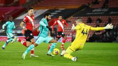 Indosport - Terselip tiga dosa besar Liverpool saat ditumbangkan tim tuan rumah Southampton pada pekan ke-17 Liga Inggris 2020/21.