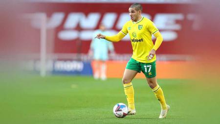 Arsenal memutuskan mundur dari perburuan Emiliano Buendia usai dikabarkan tak memiliki cukup uang untuk mendapatkan bintang Norwich City tersebut. - INDOSPORT