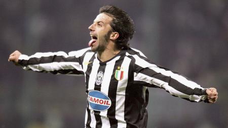 Alessandro Del Piero ikut mengomentari insiden Cristiano Ronaldo membuang ban kaptennya. - INDOSPORT