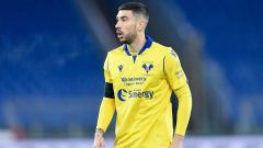 Indosport - 'Tolak' Gabung Napoli, Bintang Verona Caper Ingin Digaet AC Milan