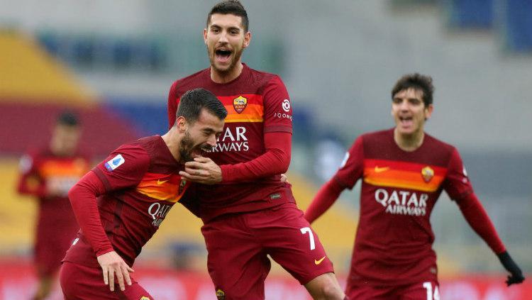 Selebrasi gol Lorenzo Pellegrini di laga AS Roma vs Inter Milan. Copyright: Paolo Bruno/Getty Images