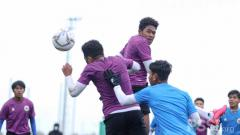 Indosport - Laga internal game kedua Timnas Indonesia U-19 di Spanyol.