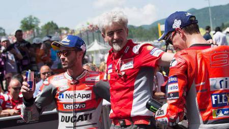 Pembalap Italia, Andrea Dovizioso, bersama bos Ducati, Gigi Dall'Igna. - INDOSPORT
