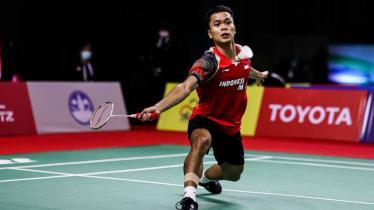 Pertandingan antara Anthony Sinisuka Ginting (Indonesia) vs Kunlavut Vitidsarn (Thailand) di Thailand Open 2021. - INDOSPORT