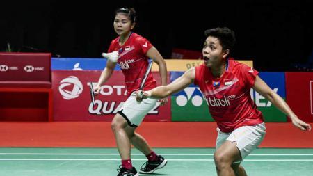 Pertandingan antara Puttita Supajirakul/Sapsiree Taerattanachai (Thailand) vs Greysia Polii/Apriyani Rahayu (Indonesia) di Thailand Open 2021. - INDOSPORT