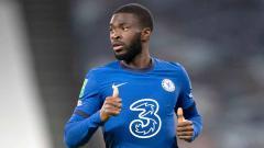 Indosport - Bedah kualitas Fikayo Tomori, bek muda Chelsea yang selangkah lagi gabung raksasa Liga Italia, AC Milan, di bursa transfer musim dingin.