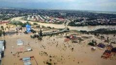 Indosport - Kondisi banjir di Kalimantan Selatan.