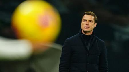 Pelatih Fulham, Scott Parker yang juga mantan rekan Frank Lampard selama bermain untuk Chelsea. - INDOSPORT