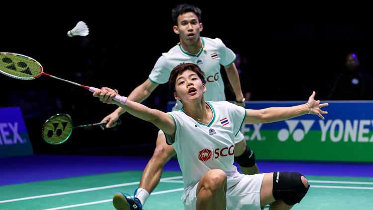 Dechapol Puavaranukroh/Sapsiree Taerattanachai (thailand). Copyright: Badminton Photo
