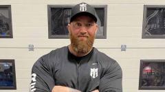 Indosport - Hafthor Bjornsson, mantan pria terkuat di bumi sekaligus aktor Game of Thrones.