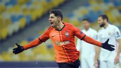 Indosport - Arsenal memburu bintang Israel, Manor Solomon, di bursa transfer ini. Pemain Shakhtar Donetsk ini pun berpotensi menggusur Pierre-Emerick Aubameyang.