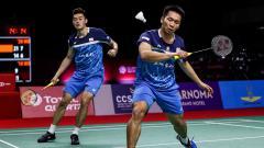 Indosport - Sukses menjadi juara dua kali di Thailand Open 2021, pasangan Lee Yang/Wang Chi-lin berhasil menyamai rekor Kevin Sanjaya/Marcus Gideon.