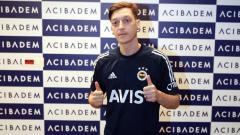 Indosport - Usai ditinggal Mesut Ozil ke Fenerbahce, Arsenal mendapat kabar gembira dengan bakal bergabungnya Martin Odegaard.