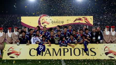 Perayaan juara Jepang usai memastikan diri menjuarai Piala Asia berkat kemenangan atas Australia di final, 29 Januari 2011. - INDOSPORT