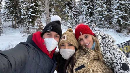 Pau Gasol dan Istri Menemani Vanessa Bryant. - INDOSPORT