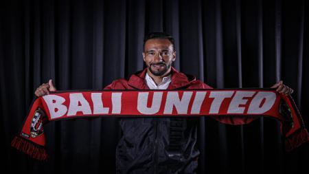 Bali United resmi mengakhiri kerja sama lebih cepat dengan gelandang asal Brasil, Diego Assis. - INDOSPORT